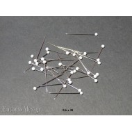 0.6x30 WHITE glass headed butterfly mounting pins